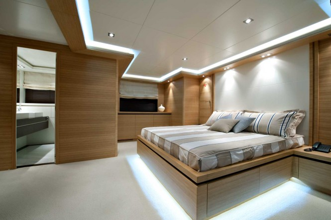 Falcon 115 Yacht Helios - Double Cabin